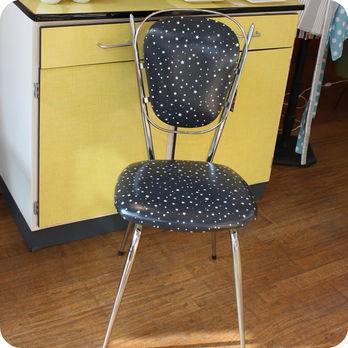 Meubles vintage chaises fauteuils chaises de cuisine for Meuble 05 etoiles