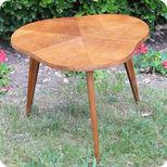 meubles vintage bureaux tables secr taire ann es 50. Black Bedroom Furniture Sets. Home Design Ideas