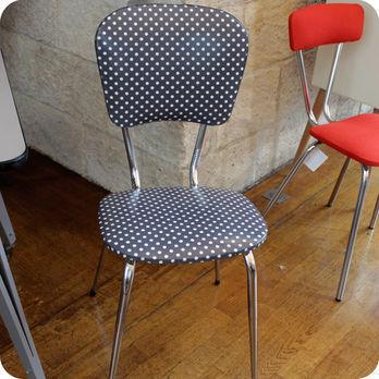 Meubles vintage chaises fauteuils chaise de cuisine for Table cuisine annee 60