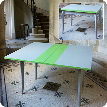 awesome meubles vintage ue bureaux u tables ue table. Black Bedroom Furniture Sets. Home Design Ideas